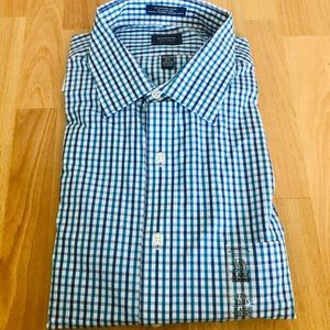 Arrow dress shirt. Size 17.5 32/33
